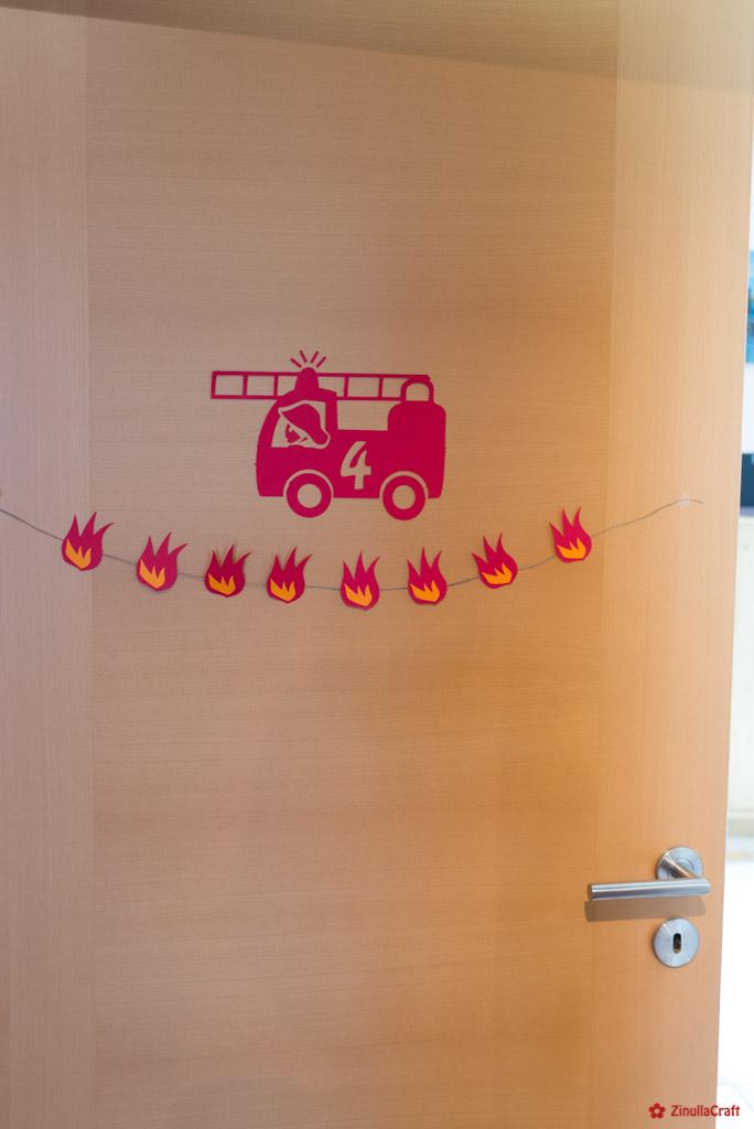 Partydeko aus Pappe geplottet für den Feuerwehrmann Sam Geburtstag